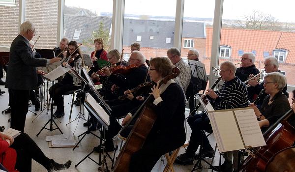 Salling Spillemænds Underholdningsorkester hos Skive Bibliotek 25. februar 2018